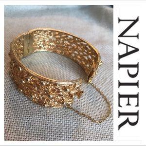 Vintage Goldtone Napier Hinged Bangle Gold Nugget